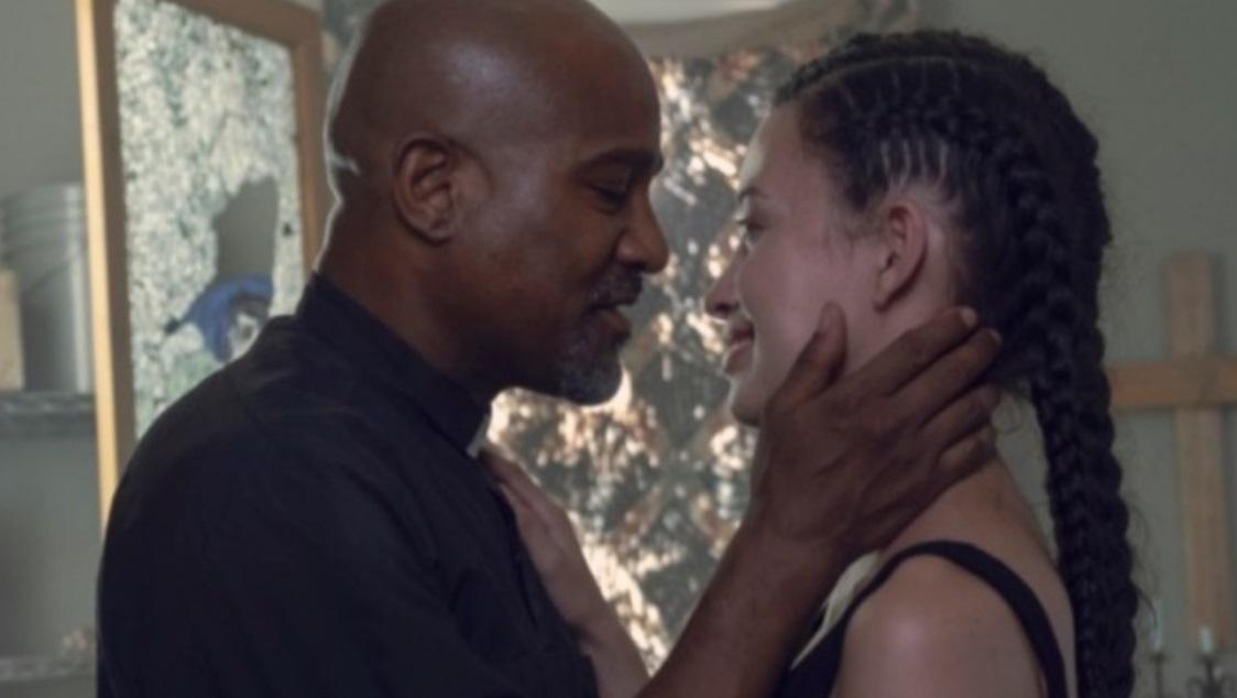 ゲイブリエルは神父なのにロジータとキスしていいの?ウォーキングデッドseason9