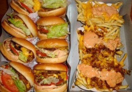 【海外ドラマ】アメリカ人は太りすぎ? ジャンクフードでも太らない日本人